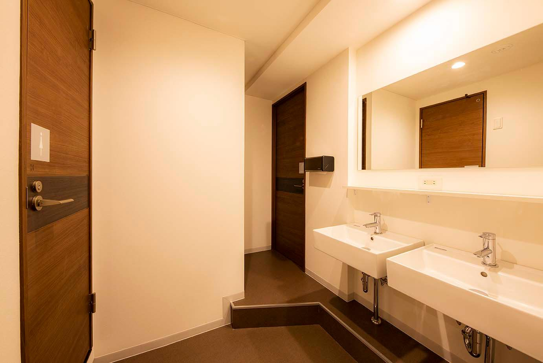 各フロア共用-洗面室